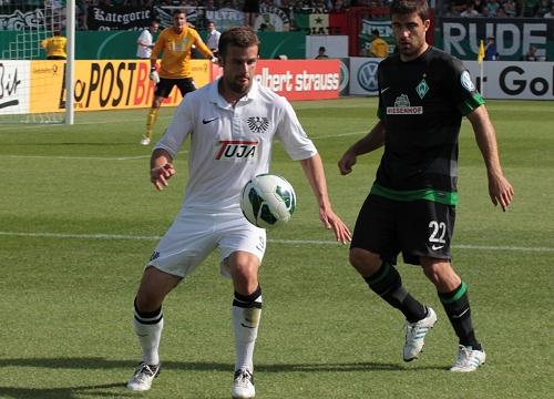 Sokratis, im Sommer 2012 mit Werder Bremen zu Gast im Preußenstadion.
