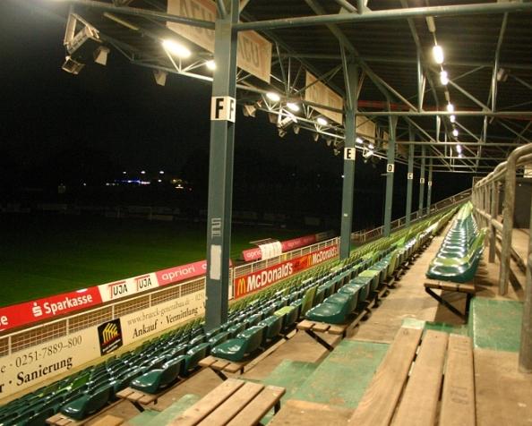 Licht am Ende des Preußenstadions… oderso.
